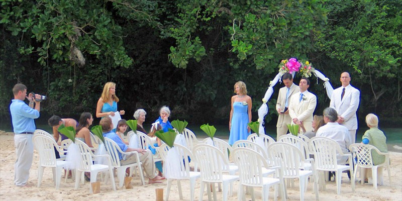 Getting married at Frenchman's Cove Beach