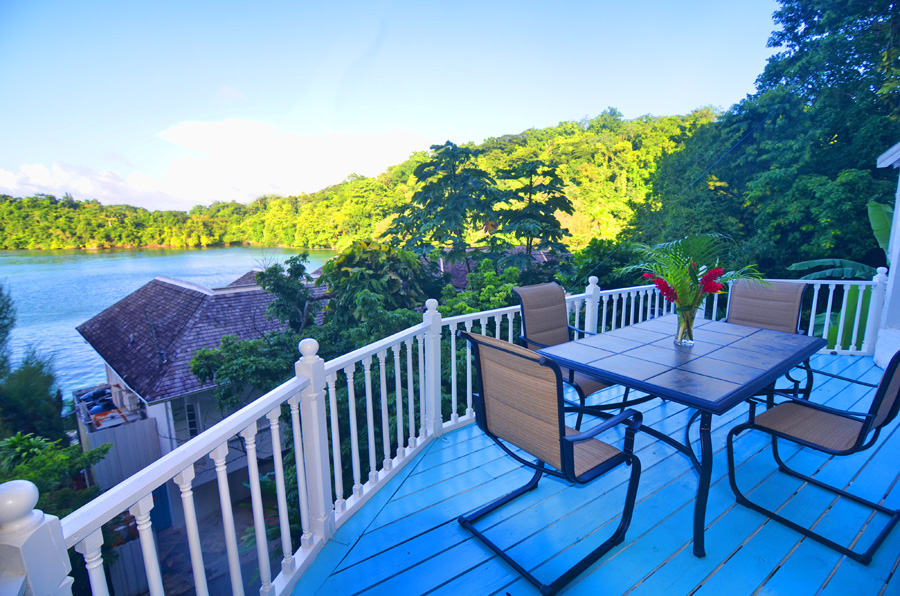 Bed And Breakfast In Villa At The Blue Lagoon In Port Antonio Jamaica